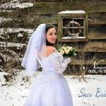 """ Snow Brides "" at Niagara Falls Wedding Chapel on the Lane"